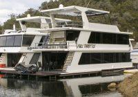 Full Throttle at Lake Eildon Marina for 619500